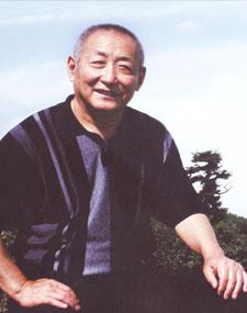 华夏城乡文化书画研究院顾问冯英杰先生
