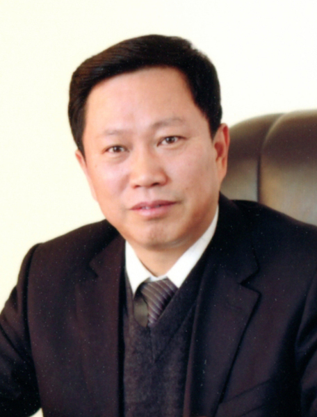 华夏城乡文化书画研究院顾问苏炳荣