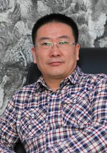 华夏城乡文化书画研究院常务副院长何仁诰